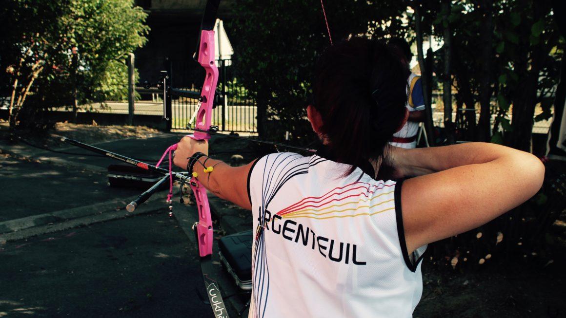 démonstration de tir à l'arc au forum des association d'Argenteuil